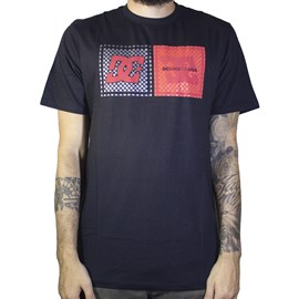 Camiseta Dc Shoes Come With Pills Preto