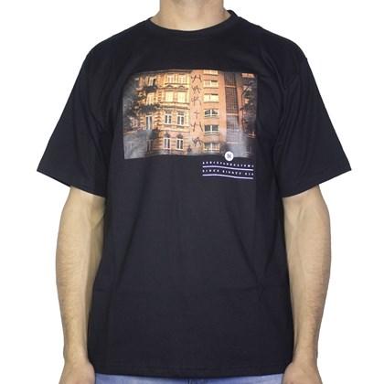 Camiseta Narina Predio Preta