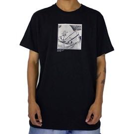 Camiseta Rvca X Baker Photo 2 Preto